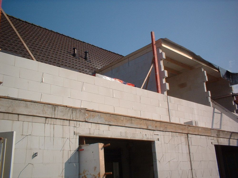 april-2005-007